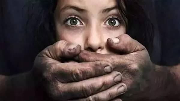 告诉你一个真实的故事:如果女生被拐卖至深山,那她能逃出来的机会为零